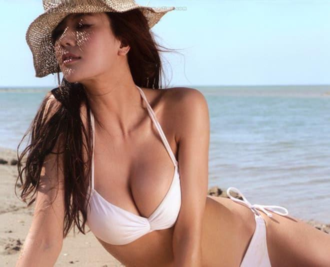 Hot Girl Bikini Sexy - Mặt đẹp, mông ngon, vếu to, vú xinh